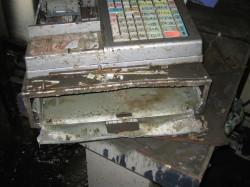 レジ盗難被害